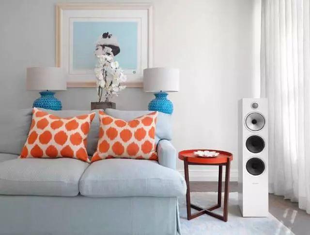 新品   B&W高品质的支架式扬声器,完美融入家居生活