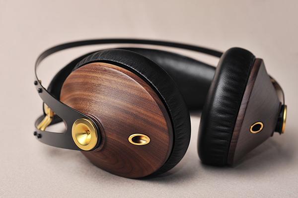 Meze 99 Classics Gold | 用45天手工打造的头戴式耳机