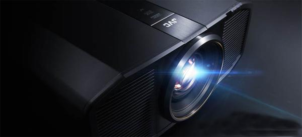 JVC将于本月底在美国展示原生8K激光光源投影机
