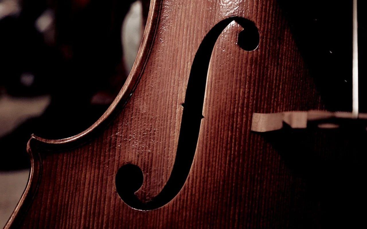 深沉又热情,在8首影视曲中领略多面的大提琴