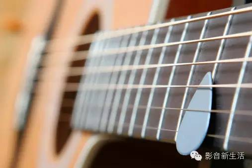 珠玉弦琴:世界著名的十位古典吉他大师及名曲欣赏