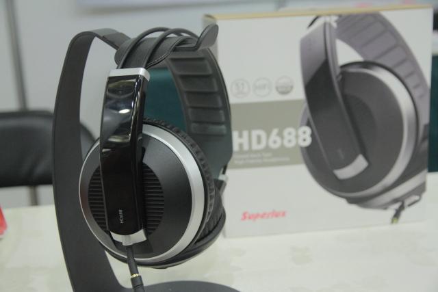 articleimage 814981 1 - 新品   耳机玩家必来朝圣-TAA音响大展敦睦厅
