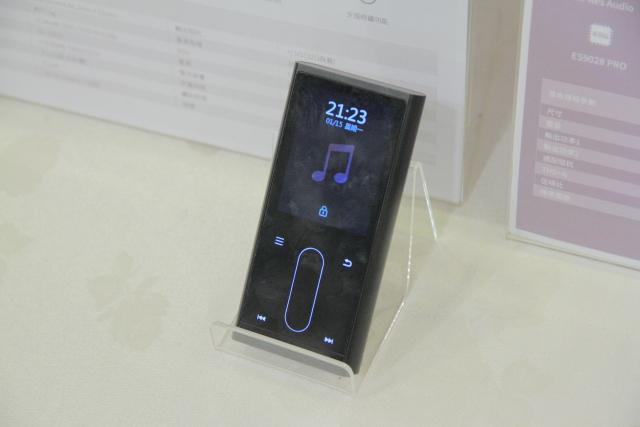 articleimage 814994 - 新品   耳机玩家必来朝圣-TAA音响大展敦睦厅