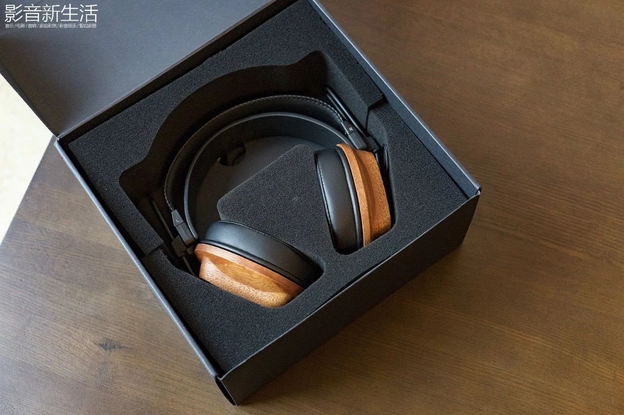 """c905496ab5118ba3b545b974a2d75167 - 测评丨延续监听传奇的""""木碗"""" Fostex T60RP 平板振膜耳机"""