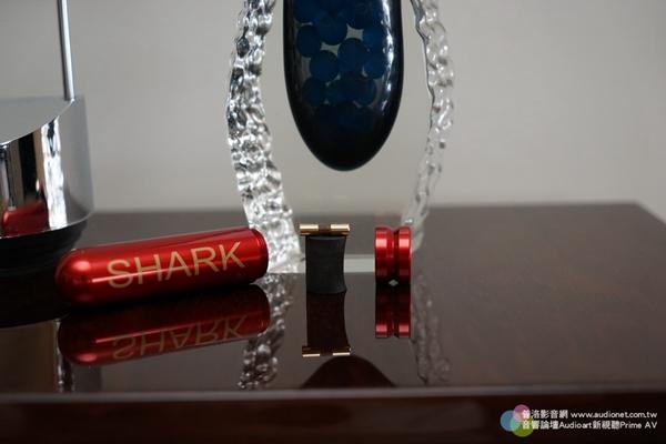 提供另一个思考空间:Shark Wire鲨鱼线Vulcan火神保险丝