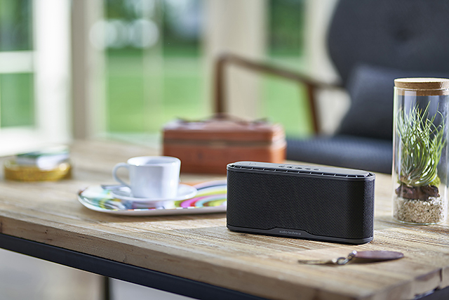 低音强化-Audio-Technica AT-SBS70BT蓝牙喇叭