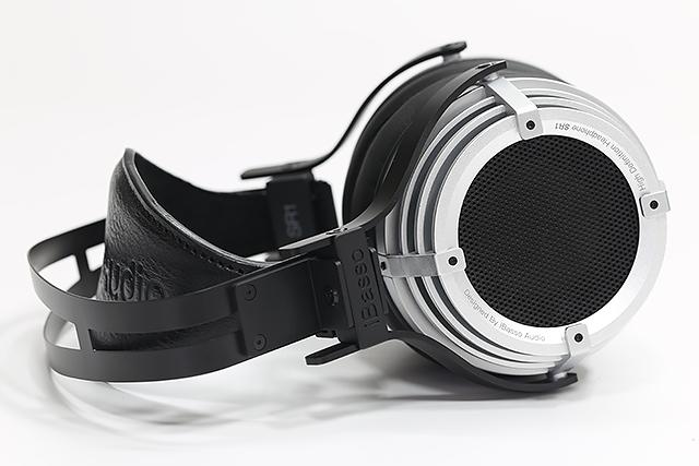 首款耳罩,采用矽胶悬边-iBasso SR1耳罩式耳机