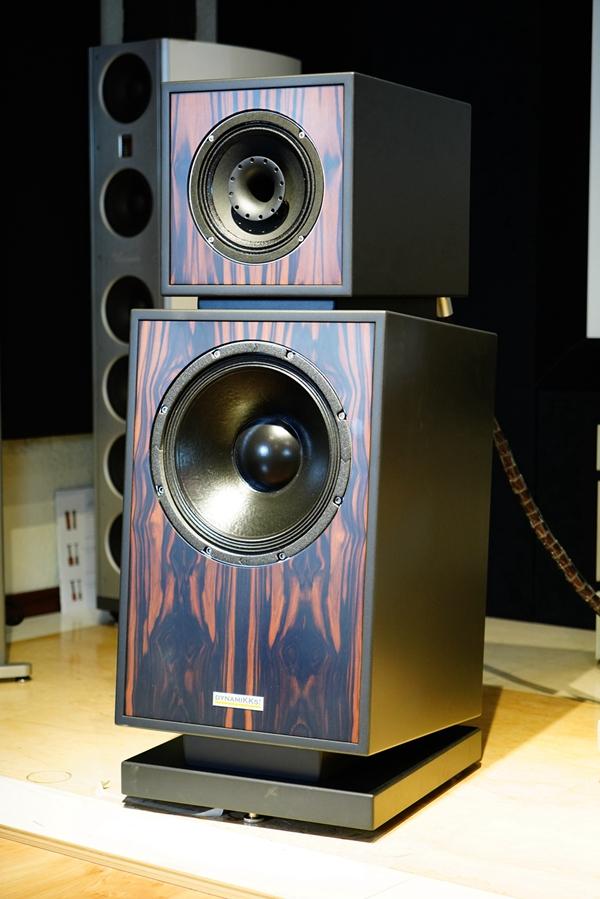 3 2 - 新品 | 如美玉 如沉香:德国动能DynamiKKs!Monitor 8.12号角音箱