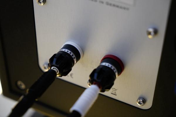 7 2 - 新品 | 如美玉 如沉香:德国动能DynamiKKs!Monitor 8.12号角音箱