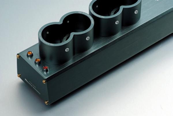 降低电源噪讯,突显音乐中最纤细深层的细节!Monitor Acoustics静神MA-202/204
