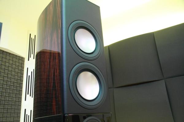 察毫末、观山河,易如指掌:名展音响Monitor Audio PL500 II试听记