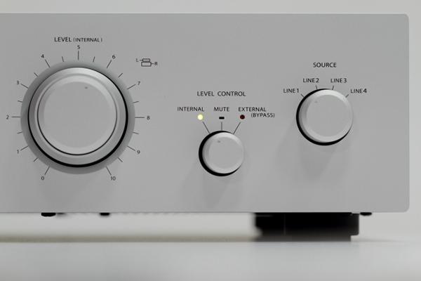 新品 | 令人魂萦梦牵的好声:Stax SRM-T8000静电耳扩