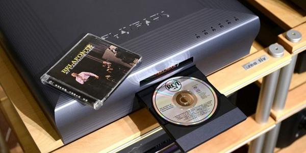 1 4 - 新品   稳座当今顶级讯源之林: Playback Design MPT-8 SACD/CD转盘+MPD-8