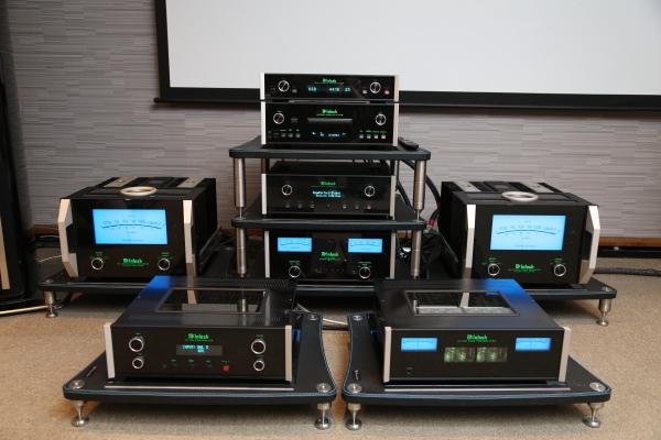 同场加映MEN220空间校正器:McIntosh XRT1.1K次旗舰音箱发表会