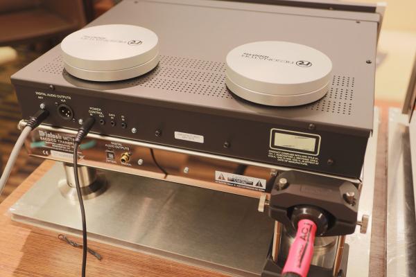 showimage3599 - 新品 | McIntosh捉对YG Acoustics:海山音响新组合有梗