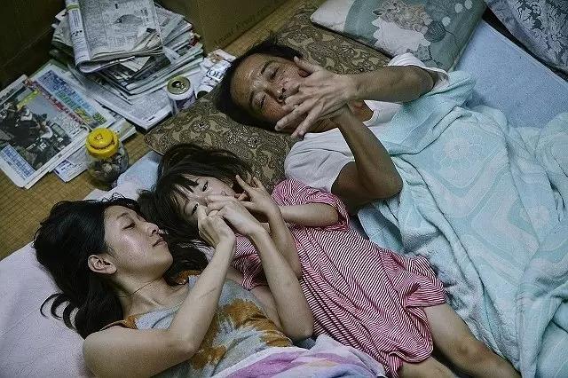 电影梦 | 小偷家族:父亲症候群
