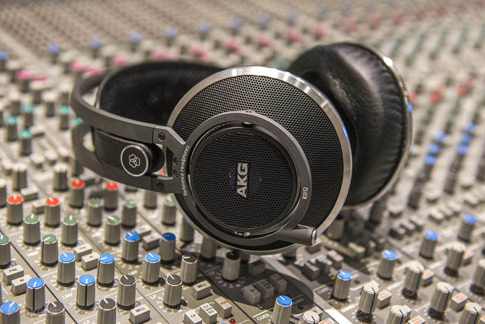 akg k812 hands on we sample the 1 000 professional studio monitor headphones image 1