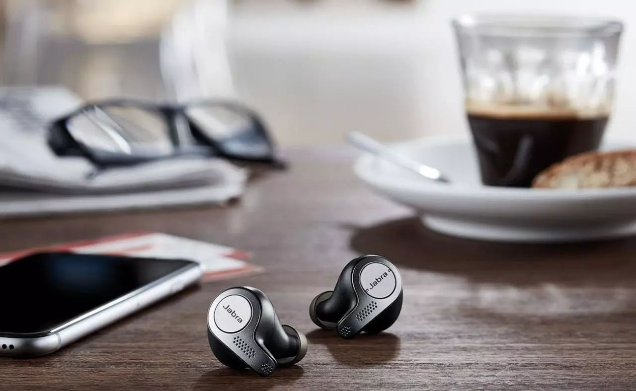 关于耳机 | 什么是真无线耳机?