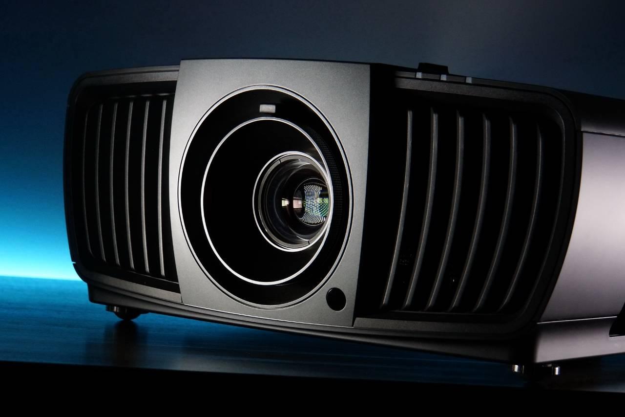 推荐 | BenQ X12000投影机:电影工业的专业认可,4K画质的逼真感染力!