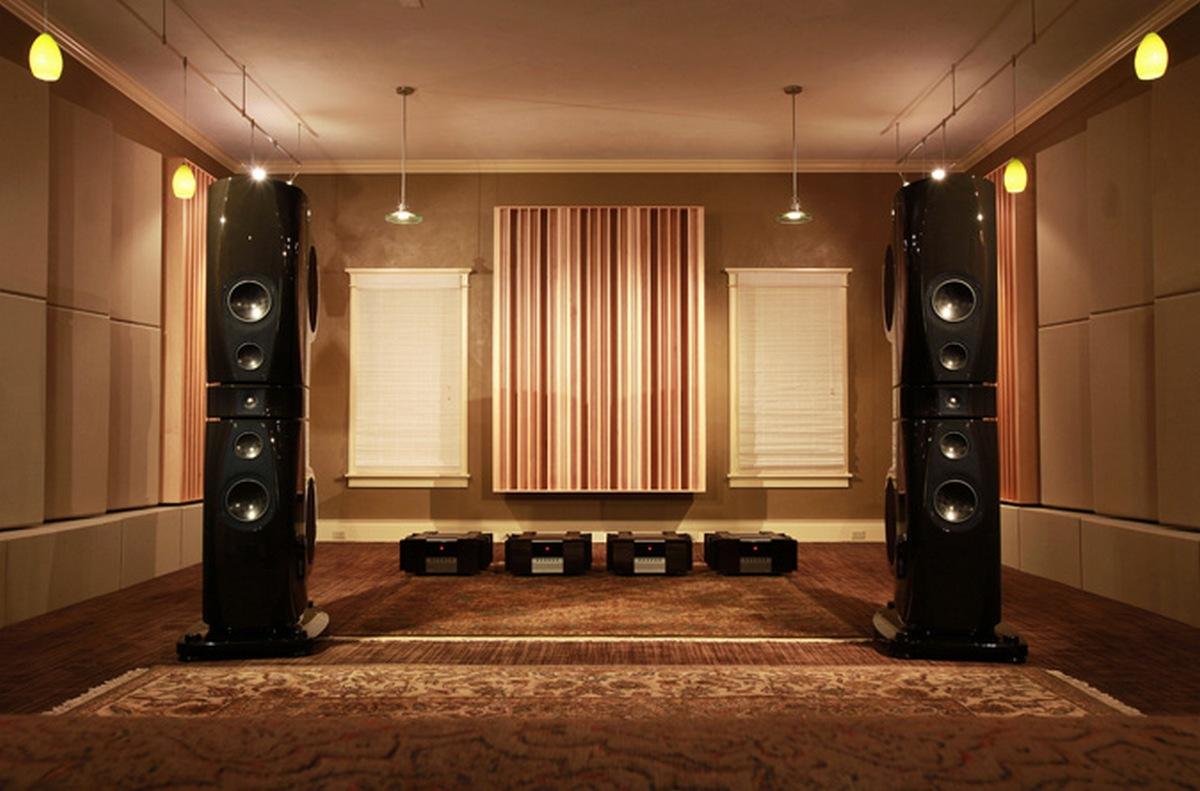 关于Hi-Fi | 小房间内会有自然共振,难道音乐厅就不会有自然共振吗?如果我们使用够大的超低音喇叭,也能够听到20Hz的极低频?
